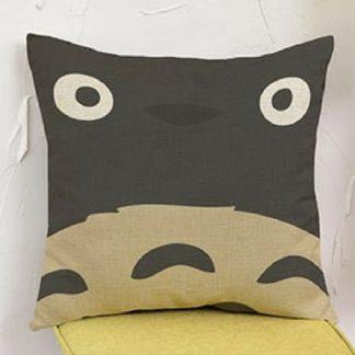 Taie-doreiller-visage-de-Totoro-45-45cm
